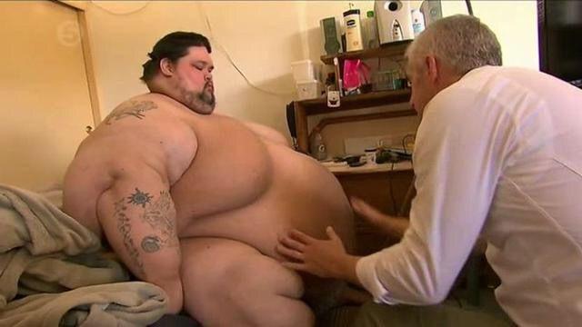 男子体重高达八百多斤, 因无法忍受减肥过程, 选择安静离开人世
