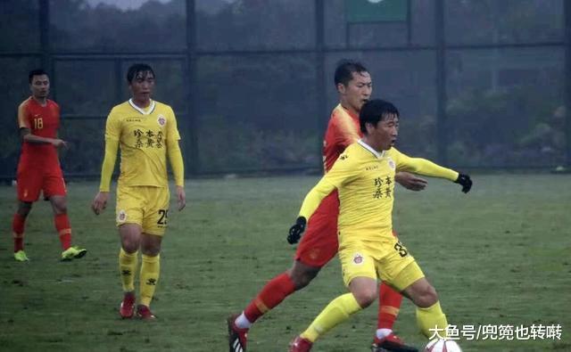 国足热身赛末于迎去年夜胜, 7: 2克服中乙球队郜林武磊获得进球