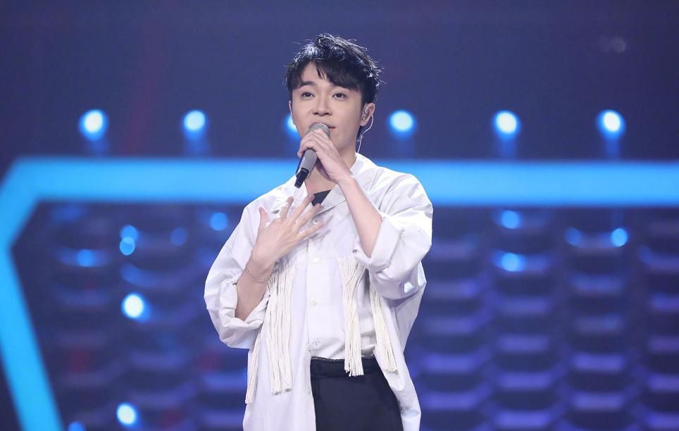 艾薇儿, 吴青峰, 毛不易, 薛之谦! 这个歌手名单很厉害了!