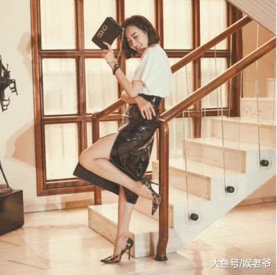 舞动梦幻光影――宋茜演绎Jimmy Choo 2019早春大片