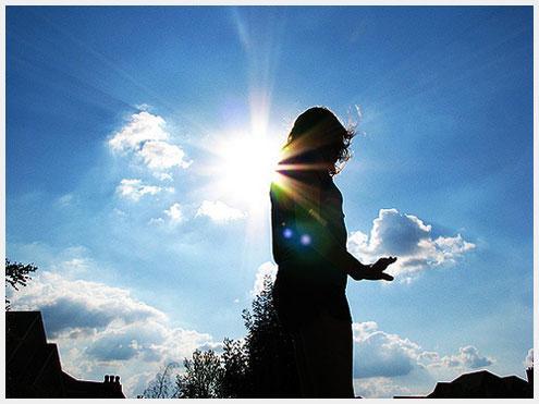 当你遇到对的那个人, 不是强烈的动心, 而是长久的安心