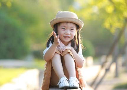 这样的小孩不受欢迎, 长大后也很难有出息, 家长可要好好引导