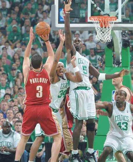 最易被隔扣的5个NBA球员, 姚明上榜, 念扣第一的确比登天还易