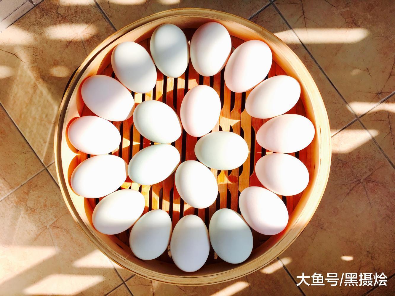 用时间泡出的鲜香蛋黄油, 在家中自己腌制咸鸭蛋