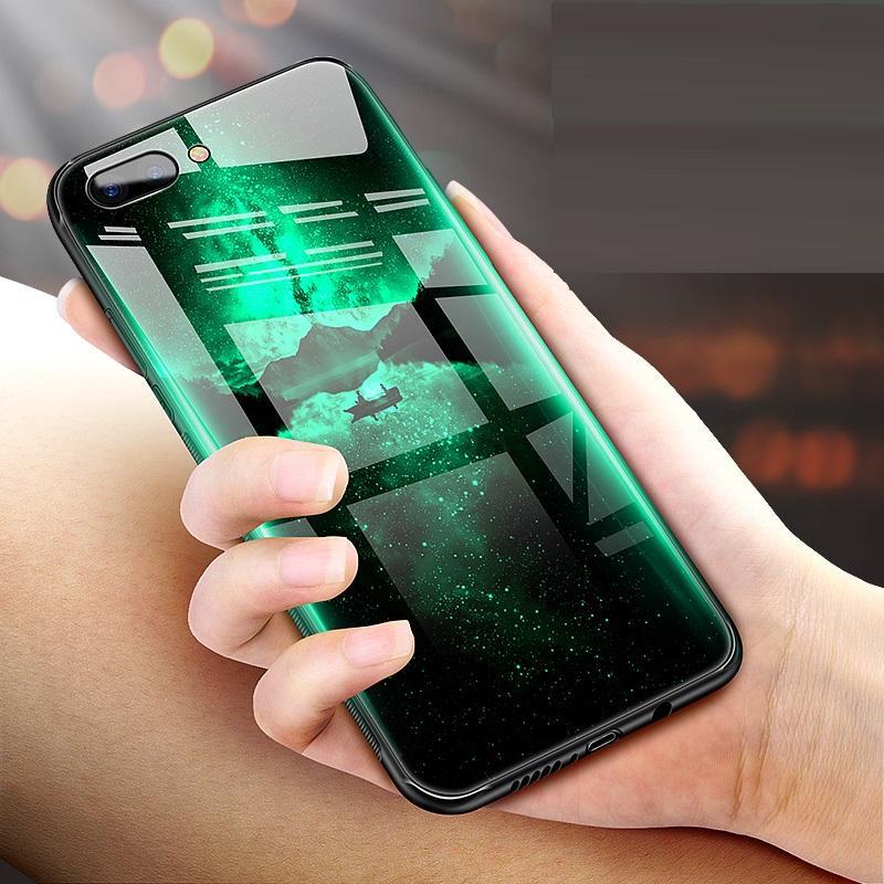 12月刚上市的华为荣耀V10手机壳, 拿出手迷倒一片人, 连老外都羡慕