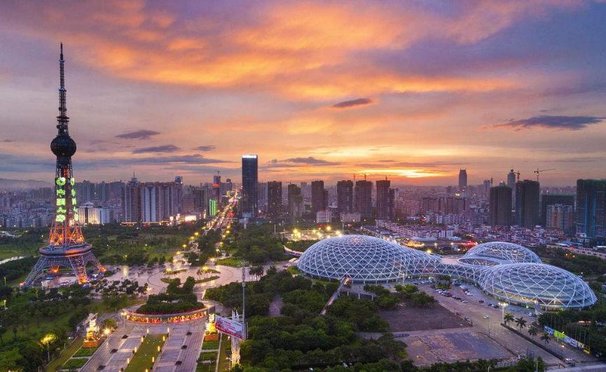 """假如广州能和这座城市""""合并"""", 或将超越上海, 成为中国第一城市"""