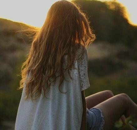 凄凉让人心痛绝望的句子, 句句悲伤, 越看越想哭!