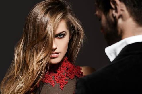 让女人无能为力拒绝你的四句话, 坏男人经常说!