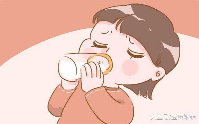 宝宝用奶瓶最多用到多大? 不是1岁, 而是这个时间