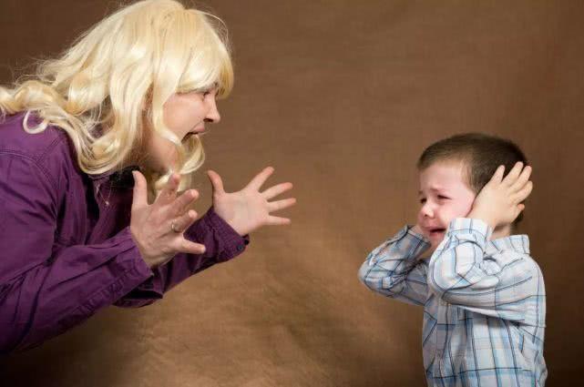 """因为累很难做到自控, 当妈后我发现世界欠""""坏""""脾气妈妈一个道歉"""