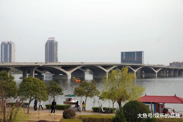 """河北那两个市, 成长潜力相当, 皆念要取郑州构成""""单核""""真现顺袭"""