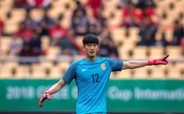 王年夜雷表态中国国度队! 恒年夜门神受伤, 亚洲杯3人组谁会是主力?