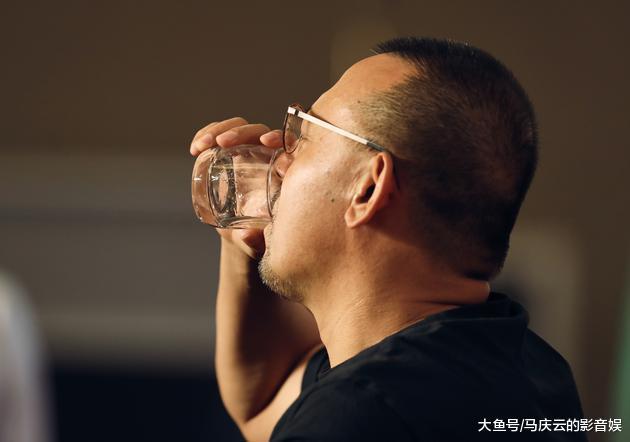 比彭于晏抢李冰冰座次更低级的, 是姜文的这两次答记者问