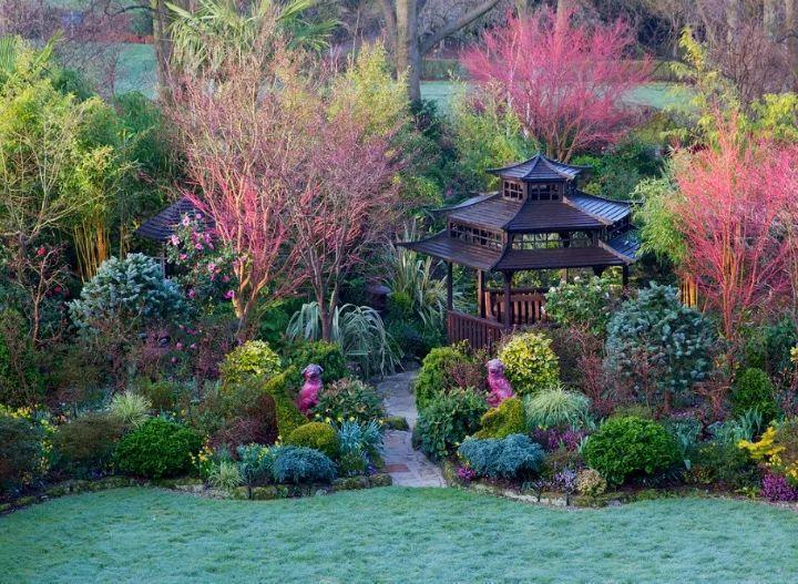 80岁老外夫妻, 用24年, 打造出绝美中国风花园!