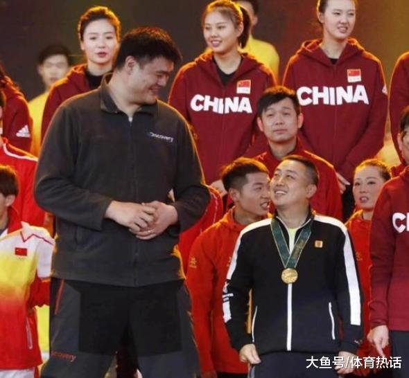 """中国体坛1年夜喜讯! 姚明、刘国梁之后, 又1个""""不懂球的瘦子""""出山"""