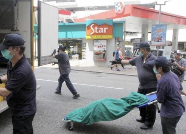 香港歌手卢凯彤坠楼身亡, 曾获金曲奖, 去年宣