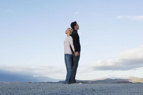 女人迟迟不回你的信息? 定是以下六种原因!