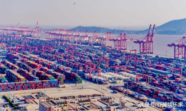 中国又出新招, 出台了一系列新政策, 获国内群众一片好评!