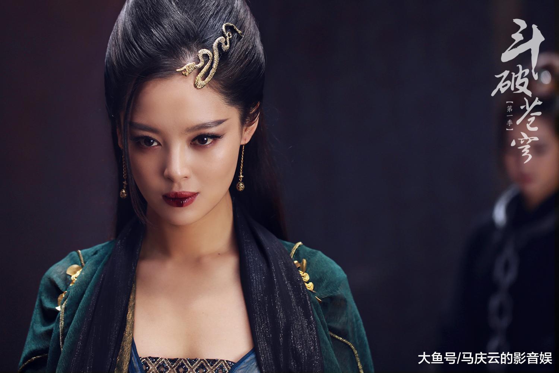 少年励志的《斗破苍穹》收视率拿第一, 李若彤被赞还是美若天仙