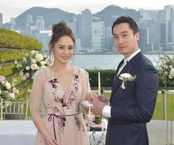 英皇主席大方包办阿娇婚礼, 霸气喊话赖弘国: 待她不好别来香港!