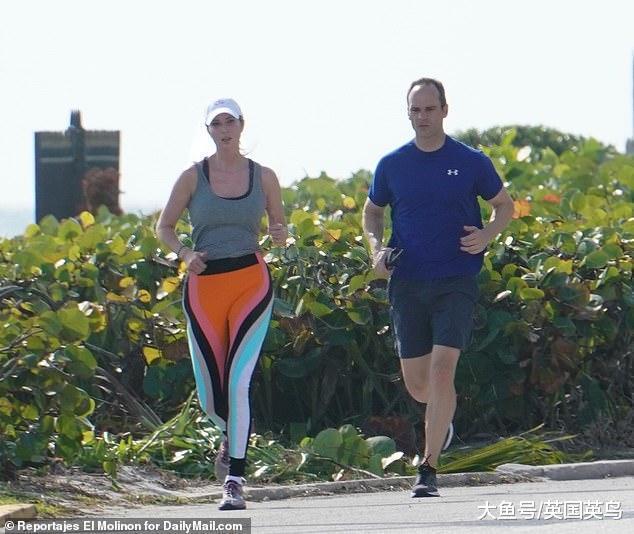 伊万卡的四色混搭运动裤糗了,被嘲笑又肥又大品位差,如同大尿布