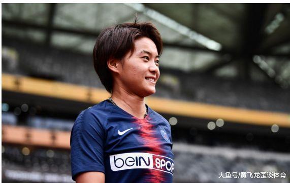 王霜取得2018年亚洲足球蜜斯, 打脸支出上万万的白斩鸡男足!