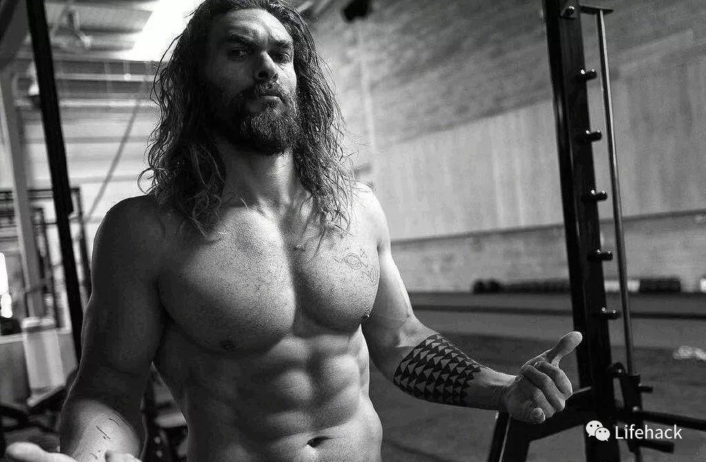 肌肉好到替身溃逃, 海王18~39岁身段转变!