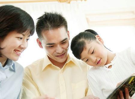 在宝宝12岁前, 爸妈教会他这4句话, 能让孩子受益一生