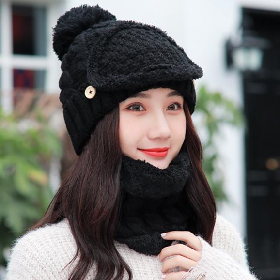 雪花飘飘,出门尽量戴帽子!学下图女人戴,洋气抗寒一顶暖三冬