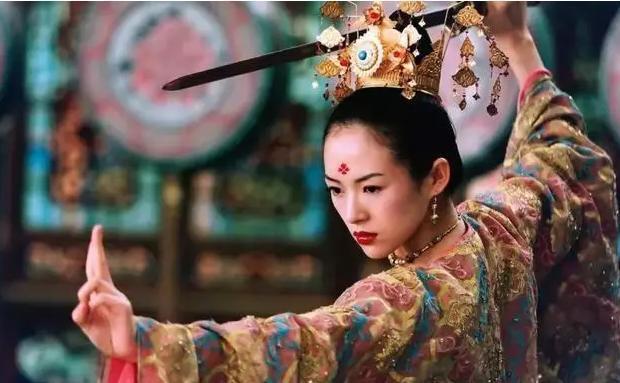 能入张艺谋眼的女星都是大美女, 但琼瑶阿姨看人的眼光更是神准!