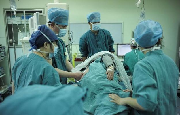 剖腹产对女性身体伤害有多大? 这些很多人都不了解, 产妇最好知道