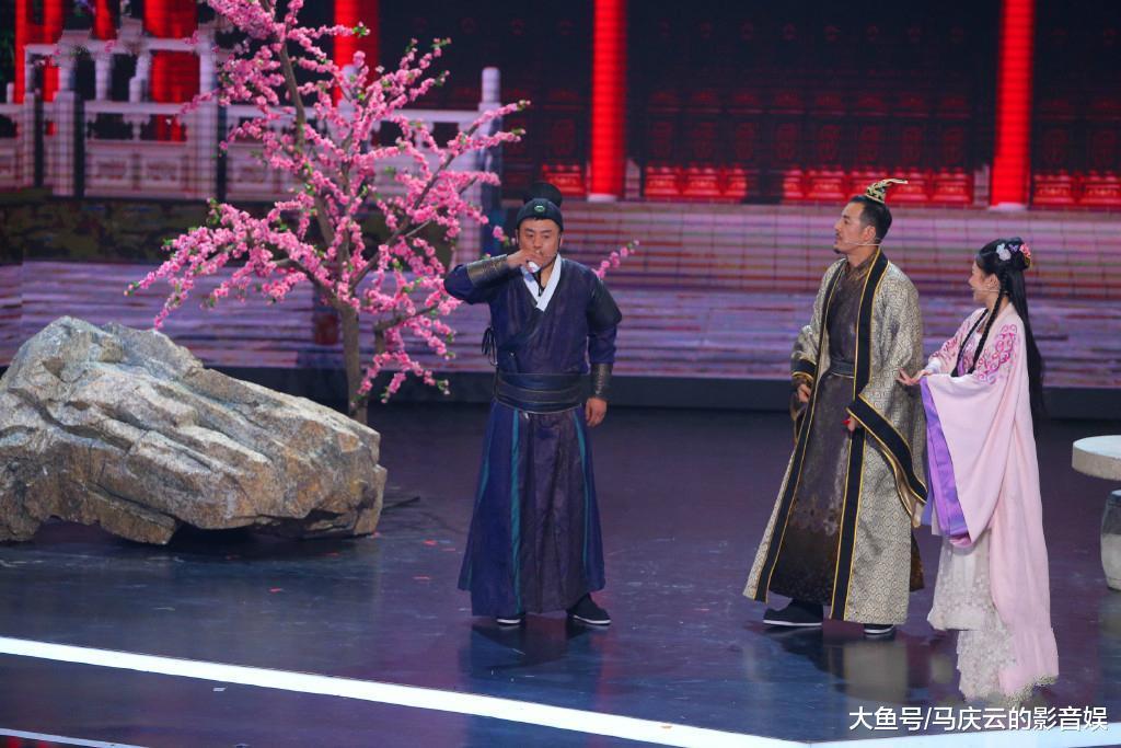 潘长江张晨光纷纷学猫叫, 《跨界喜剧王》收视率竟然夺了第一