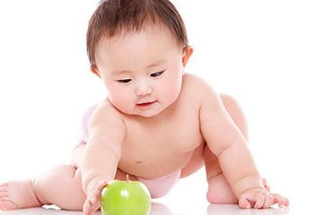 """出生三个月的宝宝会拥有的3个""""神奇""""技能, 你家宝宝达标了么"""