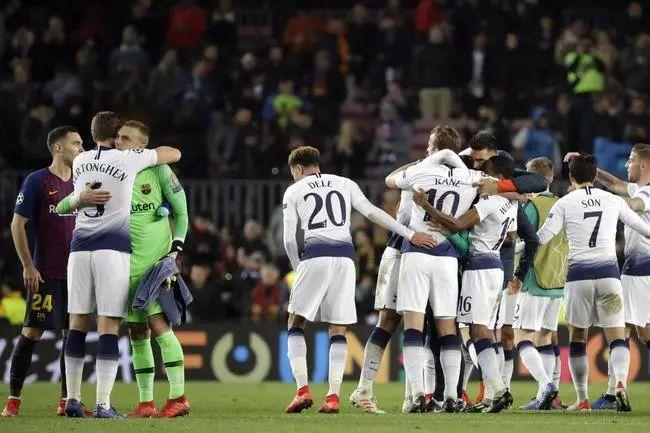 灭亡之组年夜终局! 利物浦热刺收意甲两队踢欧联, 英超2-0克服意甲