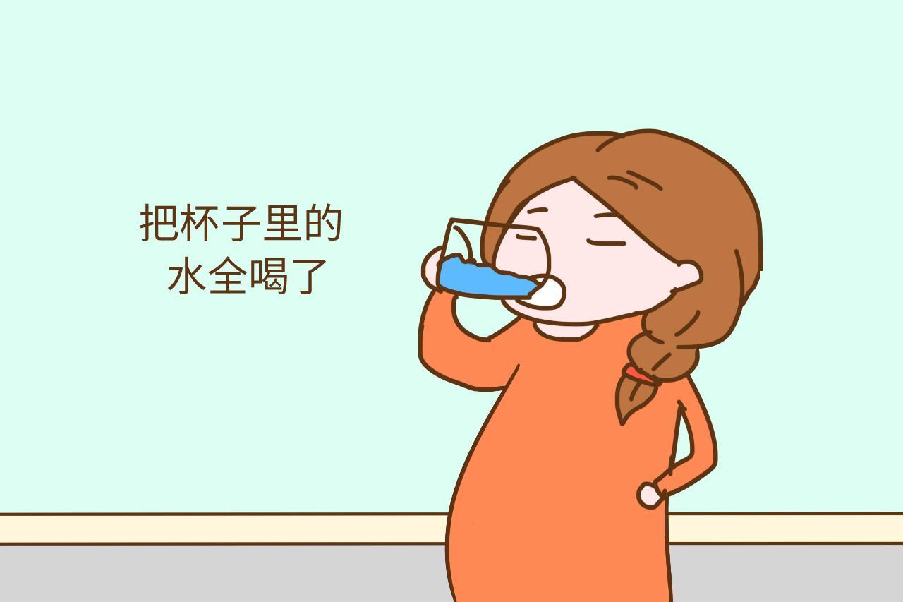 """老公给带回""""神仙水"""", 孕妈喝了腹痛腹泻, 罚老公跪3小时"""