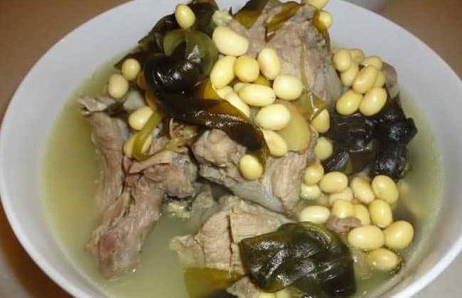 饮食文化: 冬季这几种养汤, 女人们记得应多喝喝, 排毒养颜除湿气