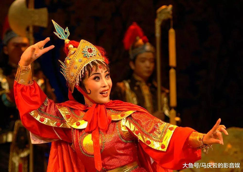 画眼线相声被淘汰, 辛杰张云雷是娘炮, 还是复兴相声曲艺的老传统