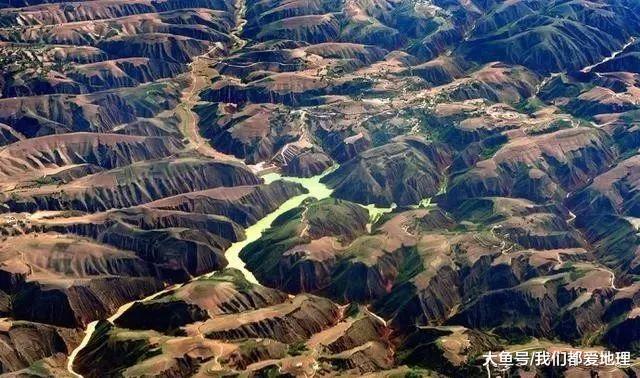 以塬、梁、峁、沟根基天貌类型的黄土高本, 俯瞰更好、更壮不雅!