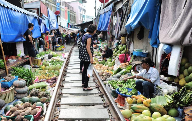 为何泰国华人简直被异化了?本地有900多万华人,却多半不会讲中文