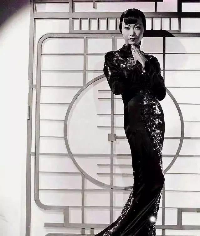 第一位闯入好莱坞的女星,一生无国无家无爱,死后无字碑