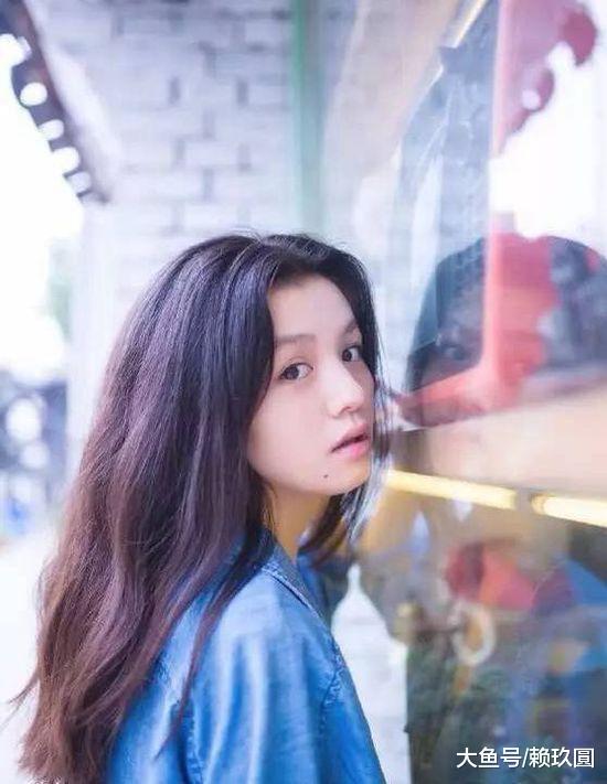 春夏:童年缺爱的女孩,会长成什么样?