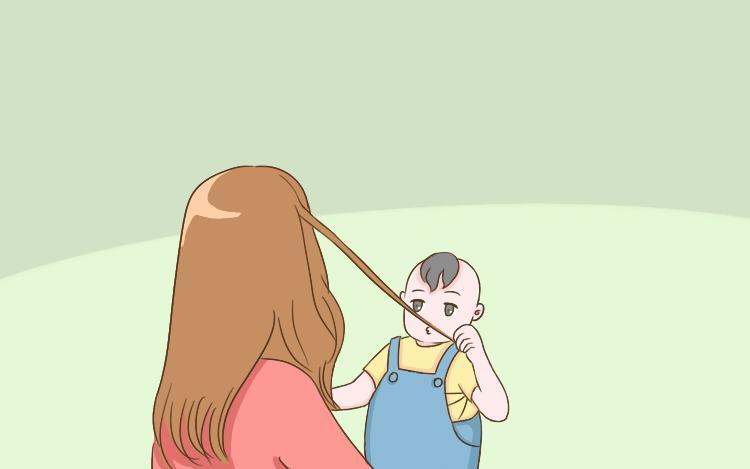 2岁以内的宝宝,有这3个坏毛病很正常,家长不用强行干涉