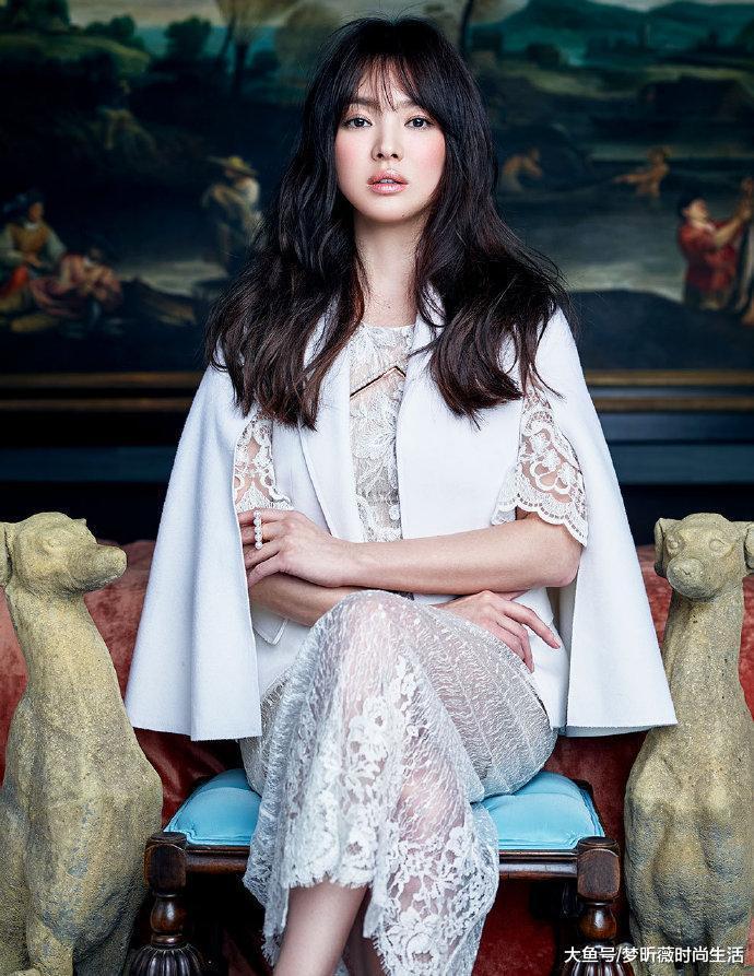 女神宋慧乔,最新复古优雅的宫廷风格时尚大片,每一张都让人惊艳
