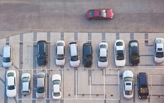 出门找个车位实是易 将来用AI及时预判空车位?