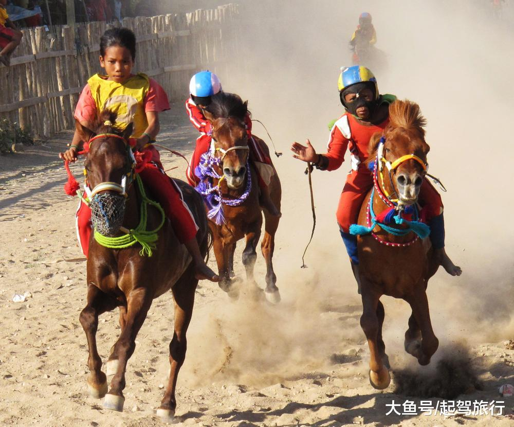 马背少年不是受前人的专利,那个印僧海岛上的孩子皆是好骑脚
