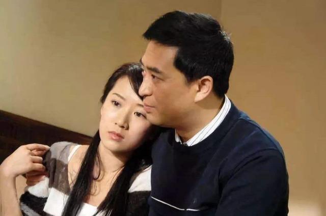 """曾被称做""""小章子怡"""",合法红时却自曝已婚,被编剧扬行""""封杀"""""""