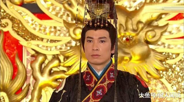 皇帝病危太监密谋说:让那个傻子继位,却不曾想傻子成了千古一帝