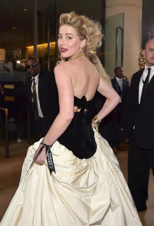 """金球奖众女明星""""争艳"""",Gaga造型十分博眼球,却输给了52岁妮可"""