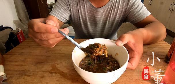 """家家户户都会做的美食,外地人闻着恶心,却是福彩3d胆码预测人的""""下饭菜"""""""