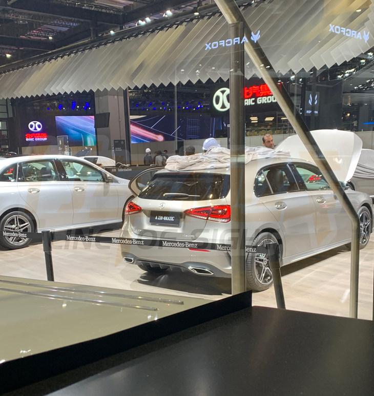 上海车展探馆奔驰进口A级车 造型更加运动时尚